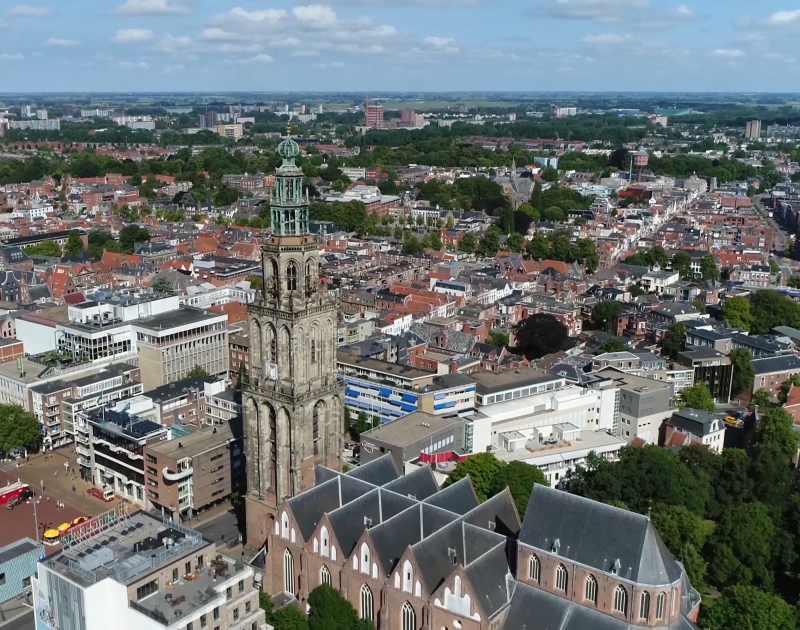 Martinitoren met stadsgezicht